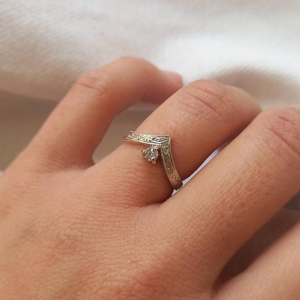 Cjade jewellery white gold diamond ring
